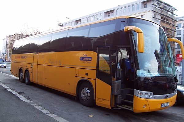 600px-Bus of Student Agency 2.jpg